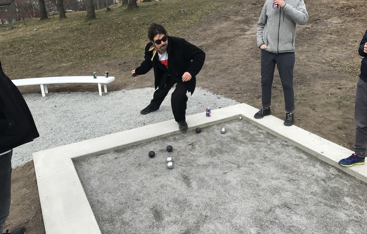 Inaugural game of pétanque